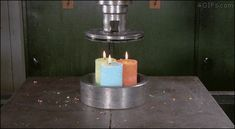 Crushing candles with Hydraulic Press This is oddly satisfying 😃 Choses Cool, Funny Cute, Hilarious, Funny Memes, Oddly Satisfying Videos, Satisfying Pictures, Satisfying Things, S Videos, Pretty Cool