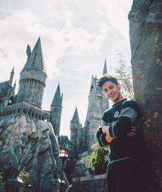 Harry Potter, Hogwarts, Idol, Velasco, My Love, Disney, Iphone, Instagram, Famous Youtubers