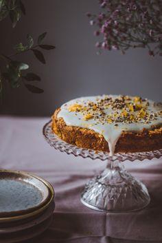 italialainen porkkanakakku. Gluteeniton. Vegaani Yams, Sweet Tooth, Food And Drink, Gluten, Sweets, Sugar, Baking, Sweet Stuff, Desserts