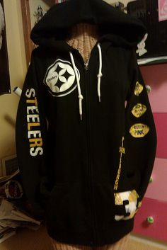 :D Victorias Secret PINK NFL line Steelers hoodie (in store exclusive) Pitsburgh Steelers, Steelers Jacket, Pittsburgh Steelers Football, Steelers Stuff, Broncos, Sporty Style, Black N Yellow, Nfl, Clothes For Women