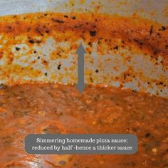 Learn how to cook this easy homemade pizza sauce made with zesty fresh Roma tomatoes. Learn how to safely thicken and create a zesty authentic pizza sauce your family is sure to love. Pizza Recipes, Sauce Recipes, Cooking Recipes, Healthy Recipes, Home Canning Recipes, Making Homemade Pizza, Italian Spices, Roma Tomatoes, Favorite Recipes