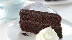 Čokoláda v kombinaci s meruňkovou marmeládou je prostě neodolatelná. Pusťte se do přípravy Sacher dortu! Sacher, Fresh, Cakes, Cake Makers, Kuchen, Cake, Pastries, Cookies, Torte