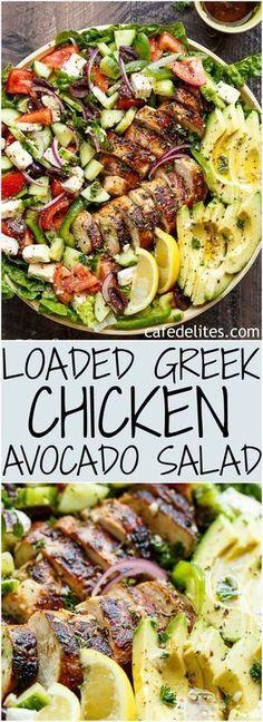 Loaded Greek Chicken Avocado Salad ist eine weitere Mahlzeit in einem Salat! Vol… Loaded Greek Chicken Avocado Salad is another meal in a salad! Full of Greek fla … Diet Recipes, Cooking Recipes, Healthy Recipes, Recipes Dinner, Healthy Salads, Healthy Food, Recipies, Healthy Low Carb Meals, Cooking Kale