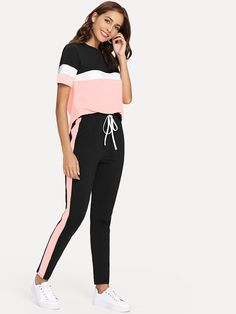 To find out about the Color Block Tee & Drawstring Tape Pants Set at SHEIN, part of our latest Two-piece Outfits ready to shop online today! Sporty Outfits, Fashion Outfits, Stylish Outfits, Mode Streetwear, Looks Chic, Drawstring Pants, Tee Shirts, Tees, Two Piece Outfit