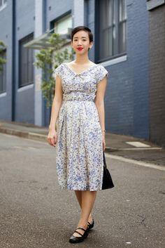 NoraFinds   Vintage Blog Vintage Blogger Sydney   Vintage blue dress