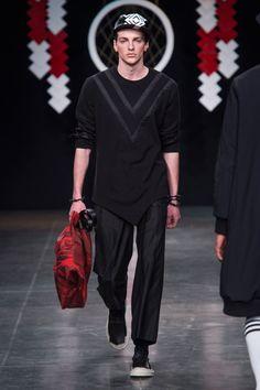 D.GNAK - Fall 2015 Menswear - Look 8 of 29