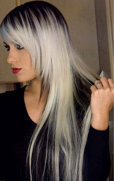 Loiro platinado- If I had long hair Ombré Hair, Hair Dos, Blonde Hair, Ice Blonde, Hair Bangs, Bleach Blonde, Platinum Hair, Platinum Grey, Homecoming Hairstyles