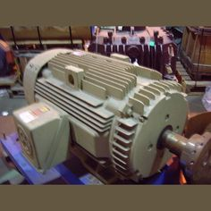 575v 3 Phase 60 Hz 1180 Rpm Frame 447t Tefc Enclosure View More 150 Hp Motors Electric Motor Motor General Electric