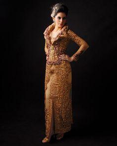 #kebaya elegant