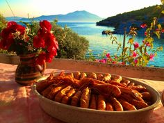 Sunday table in the Trikeri Island by George Chatzinotas, via 500px