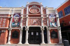 CINE DORÉ C/ Santa Isabel, 3 / Pasaje del Doré.  Madrid Es la obra más representativa de este arquitecto. En el solar donde se const...