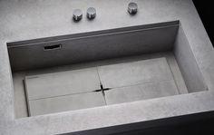 Modular, concrete kitchen 'Heart of Gold' by Steininger Designers.