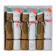 Everyone has a cat or dog holiday story. Let these crackers be yours. > Includes 6 crackers> Each cracker has a hat, a joke and a small toy Christmas Puppy, Christmas Hat, Christmas Design, Christmas 2017, Homemade Christmas, Christmas Stuff, Xmas, Tea Party Decorations, Hen Party Accessories