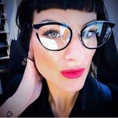 Funky Glasses, Cat Eye Glasses, Brown Glasses, Womens Glasses Frames, Computer Glasses, Lady, Eyeglasses, Gender, Model