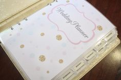 Do you know someone who is getting married? Share this WEDDING PLANNER TUTORIAL with them & help them get organized for their wedding day. Organized Wedding Planning A Bowl Full of Lemons Wedding Planner Checklist, Wedding Planning Binder, Best Wedding Planner, Wedding Planners, Party Planning, Diy Wedding Binder, Planner Book, Planner Diy, Planner Ideas