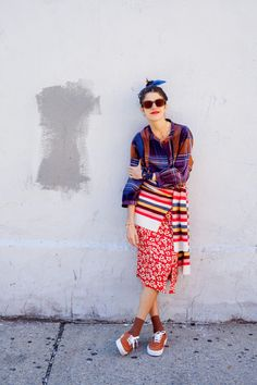 """What If Maximalism Meant More Than Just """"More?"""" - The Best Madewell Pieces for Embracing Maximalism This Fall Source by stilouette - New Fashion, Fashion Looks, Fashion Outfits, Womens Fashion, Fashion Trends, Colourful Outfits, Cool Outfits, Streetwear Fashion, Passion For Fashion"""