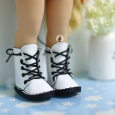 White premium leather shoes. For Disney by RabbitinthemoonThai