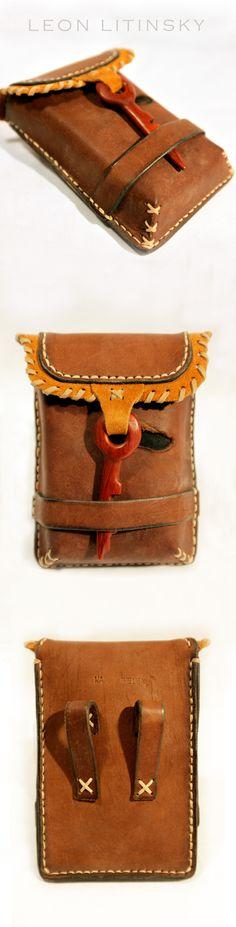 Leather Wood (Padouk) Pouch Bag By Leon Litinsky.