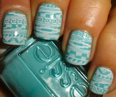 My Chihuahua Bites!: Aztèque! #nails #tribal