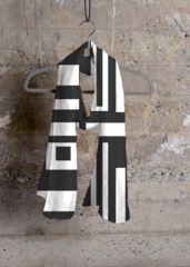 SCARVES - BLACK AND WHITE: What a beautiful product! Designer by Rose Canazzaro. #fashion #Rosecanazzaro #arte #chic