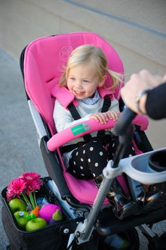 We just LOVE all the storage in this @orbitbaby stroller! #PNpartner