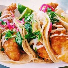 Fish Taco - San Diego. | 30 Glorious Street Foods From Around The World That Will Make You Want To Travel
