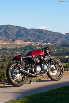 Dustin Kott builds beautiful vintage Hondas, like this CB750 DOHC. Wouldn't you love to fire this one up on a crisp, clear morning?