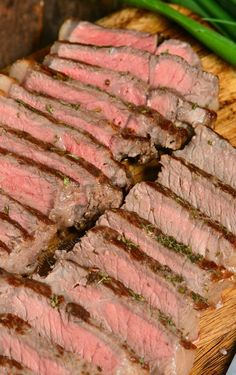 How To Cook Steaks In The Oven. Making steak in the oven is quick and easy, no grill needed. Just choose your favorite steak, season it simply with salt and pepper, sear in a skillet, and move into the oven to finish. #steak #beef #easydinner Cooking Spiral Ham, Oven Cooking, Easy Dinner Recipes, Easy Meals, Crockpot Recipes, Cooking Recipes, Steak In Oven, Cooking The Perfect Steak, Tenderloin Steak