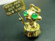 Vintage Charm 18K Yellow Gold Martian Robot | eBay..