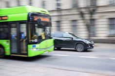 Autoritatile locale au obligația prin lege să achizitioneze mijloace de transport in comun cu motoare electrice in proportie de minimum 30% din necesarul achizitiilor viitoare Presedintele Klaus Iohannis a semnat pe 18 ianuarie decretul pentru promulgarea Legii privind promovarea transportului ecologic, care prevede obligatia autoritatilor locale de a achizitiona mijloace de transport in comun cu …
