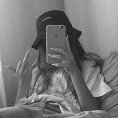 Teen Girl Photography, Grunge Photography, Tumblr Photography, Badass Aesthetic, Bad Girl Aesthetic, Cool Girl Pictures, Girl Photos, Bad Girl Wallpaper, Tumbrl Girls