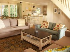 Birdsong, Hermanus sits nestled in a grove of Milkwood trees, overlooking the Vermont Saltpan, which is a bird sanctuary. The four bedroom, three Lounge Areas, Vermont, Living Area, Beach House, Relax, Trees, Bird, Lovers, Cozy