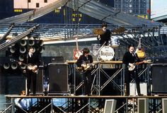 Beatles live 1965 Comiskey Park - Chicago
