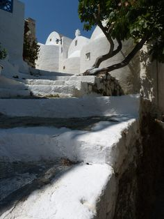 [Description in the comments section][Closed] Wonderful Places, Beautiful Places, Santorini Villas, Zorba The Greek, Myconos, Greek Beauty, Southern Europe, Archaeological Site, Greek Islands