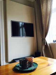 TV Wall with wallpaper
