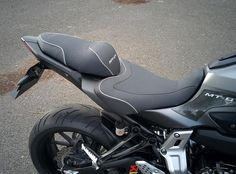 Bagster Presto seat and pillion pad for FZ-07