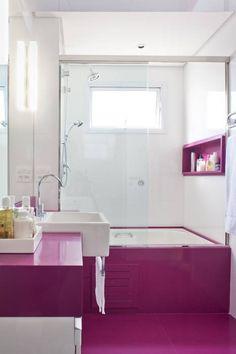 Banheiro Feminino: Banheiros Moderno por KTA - Krakowiak & Tavares Arquitetura