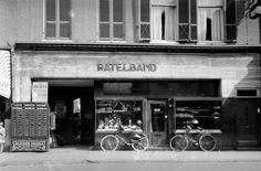Arnhem: Bakkerij Ratelband aan de Steenstraat 41 in 1935,