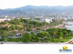 #informaciondeacapulco El Parque de la Reina en Acapulco. INFORMACIÓN DE ACAPULCO. El Parque de la Reina en Acapulco se encuentra muy cerca del Fuerte de San Diego y de la terminal marítima; por lo que al llegar en crucero al Puerto es muy común que sea la primer atracción que se visita. Aunque es pequeño, es realmente bello y goza de una gran tranquilidad y una vista inmejorable. Te invitamos a conocer más sobre Acapulco durante tu próxima visita. www.fidetur.guerrero.gob.mx