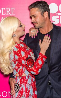 Lady Gaga & Taylor Kinney from Movie Premieres: Red Carpets and Parties! The singer and actor hit the premiere of his new movie Rock the Kasbah in New York City. Taylor Kinney, Lancaster, Lady Gaga Wedding, Famous Celebrities, Celebs, Little White Chapel, Guys And Dolls, Models, Hollywood Actor
