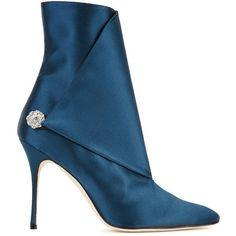 Manolo Blahnik Diazhigri Teal Satin Ankle Boots - Size 3 ($1,090) ❤ liked on Polyvore featuring shoes, boots, ankle booties, pointy-toe ankle boots, ankle bootie boots, high heel ankle booties, pointed-toe ankle boots and pointed toe booties #manoloblahnikboots
