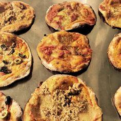 """PROTEIN - PIZZA Raum Bern und Thun http://www.fitfood-delivery.ch/pages/liefergebiet Sie mögen Pizza? - Wir auch """"wink""""-Emoticon! Nächste Woche wieder auf unserem Menüplan:  """"reich garnierte Thunfischpizza mit Oliven und getrockneten Tomaten, auf einem LowCarb und LowFat Boden"""" """"Buon appetito"""" WWW.FITFOOD-DELIVERY.CH #lowcarb #highprotein #hoherProteingehalt #muskelaufbau #bodybuilding #abnehmen #fitness #active12 #Pizza #ProteinPizza #lowcarbPizza"""