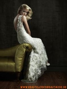 Sexy moderne Brautmode aus Spitze V-Ausschnitt