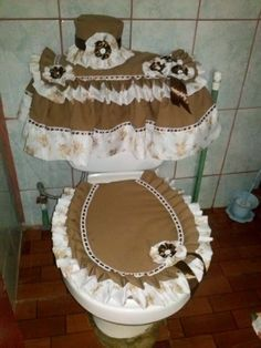 Sewing Crafts, Sewing Projects, Projects To Try, Sewing Ideas, Sewing Patterns, Bathroom Crafts, Bathroom Sets, Ribbon Work, Easy Home Decor
