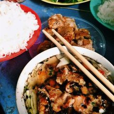 Vietnam Street Food - Barbercue noodle - Bún chả