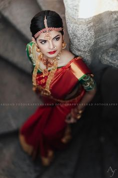 A Shoot That Captured The Elegance And Grandeur Of Kanjeevaram Classics Indian Wedding Bride, South Indian Weddings, South Indian Bride, South Indian Bridal Jewellery, Bridal Jewelry, Pre Wedding Poses, Wedding Shoot, Saree Collection, Couture Collection