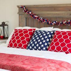 Hello July! ❤️ #july4th #americana #patrioticdecor #fourthofjuly #redwhiteandblue #diybed #rusticchic #interiordecor #bed #masterbedroom #interiorstyling #interiordesign #pillows #bedroom #summeryourhome #FourthofJulyChallenge #fourthofjulydecor #pimpyourpillows #destrophoto