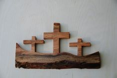 It is always better to do woodworking with proper planning. A woodworking project will include finding out the requirements of the product, preparing plans and executing them. Given below are some of the things involved in woodworking Wood Shop Projects, Small Wood Projects, Wooden Crosses, Wooden Art, Barn Wood Crafts, Cross Crafts, Easy Woodworking Projects, Woodworking Classes, Wood Creations