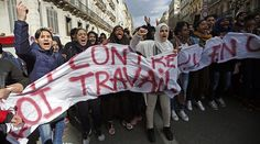 Tear gas, firecrackers & arrests: Anti-labor reform rallies held in Paris (VIDEO, PHOTOS)  http://pronewsonline.com  French high school students attend a demonstration against the French labour law proposal in Marseille, France, as part of a nationwide labor reform protest, March 17, 2016. ©Jean-Paul Pelissier
