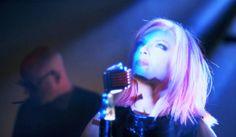 Luego+de+la+caída+del+escenario+de+Shirley+Manson,+Garbage+revela+un+nuevo+clip